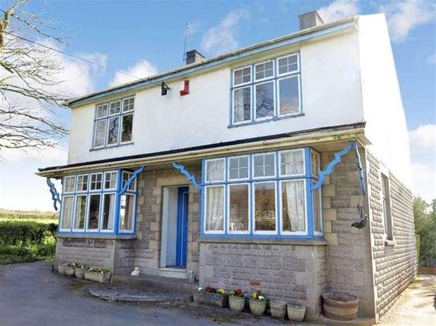 4 Bedrooms Detached House for sale in Temple Bridge, Temple Cloud, Bristol