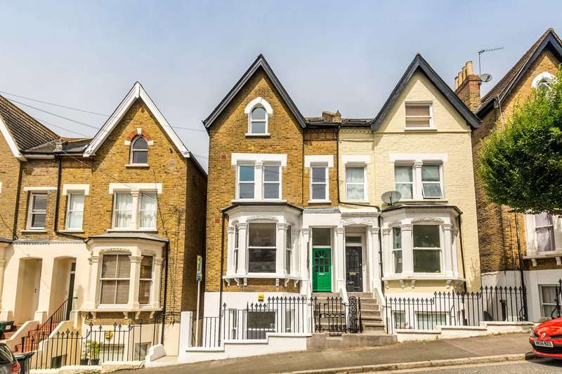 3 Bedrooms Maisonette Flat for sale in Rockmount Road, Crystal Palace, SE19
