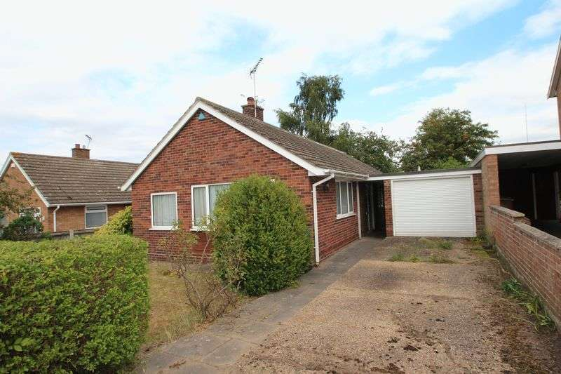 3 Bedrooms Detached Bungalow for sale in Meadow Rise Avenue, Norwich