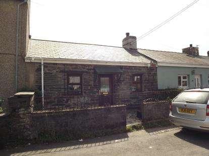 3 Bedrooms Terraced House for sale in Nantlle Road, Talysarn, Caernarfon, Gwynedd, LL54