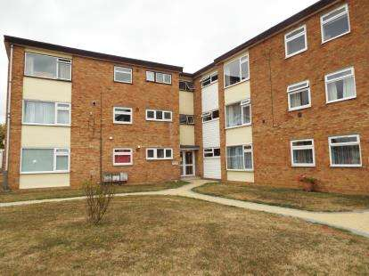 3 Bedrooms Flat for sale in Witham, Essex