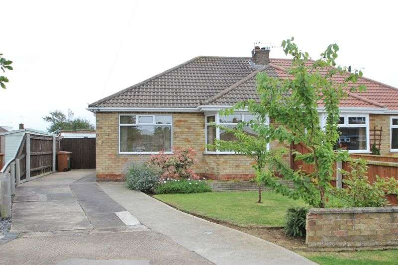 2 Bedrooms Semi Detached Bungalow for sale in PHILIP GROVE, CLEETHORPES, DN35 9DH