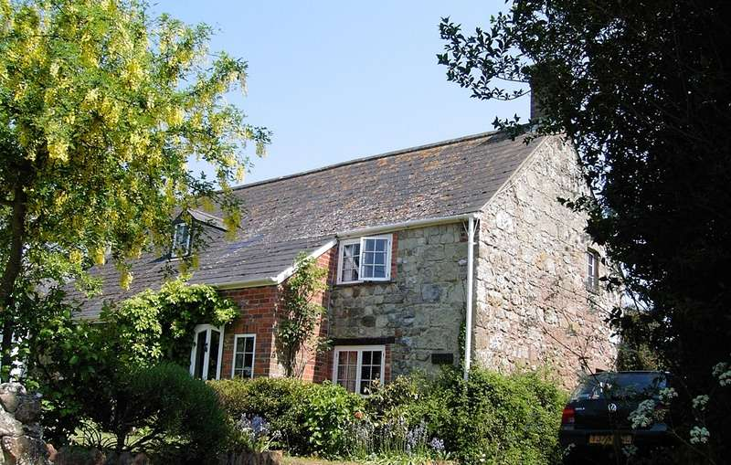 3 Bedrooms Cottage House for sale in Nettlecombe Lane, Whitwell, Ventnor, Isle of Wight, PO38