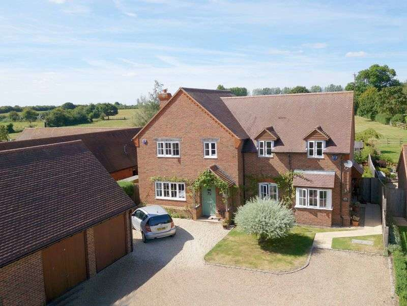 3 Bedrooms Semi Detached House for sale in Towersey, Oxfordshire