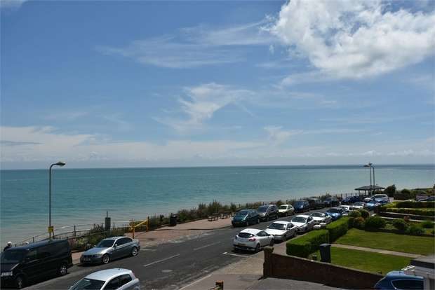 2 Bedrooms Flat for sale in Eastern Esplanade, Broadstairs, Kent