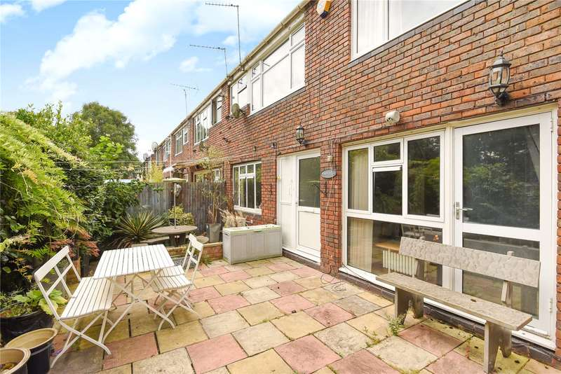 1 Bedroom Maisonette Flat for sale in Brickett Close, Ruislip, Middlesex, HA4