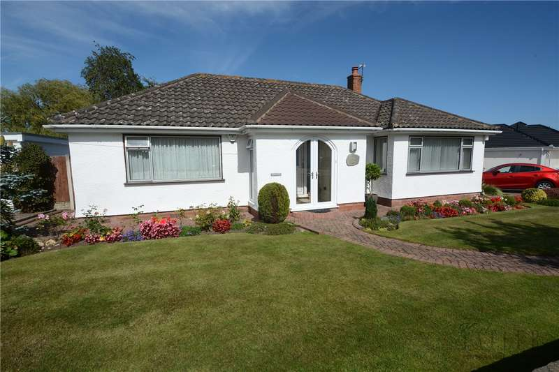 2 Bedrooms Detached Bungalow for sale in Sandham Grove, Heswall, Wirral