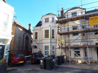 3 Bedrooms Flat for sale in Westbourne, Bournemouth, Dorset