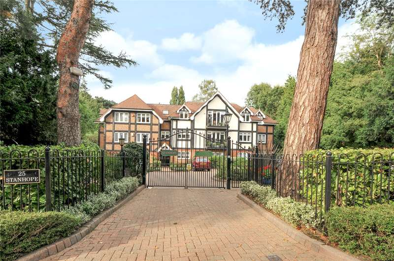 2 Bedrooms Apartment Flat for sale in Eastbury Avenue, Northwood, Hertfordshire, HA6