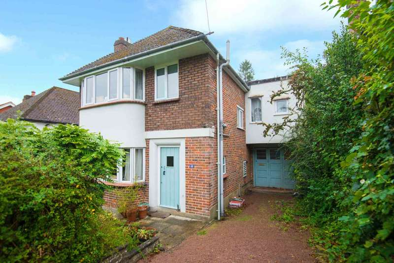 4 Bedrooms Detached House for sale in Cedar Road, Berkhamsted
