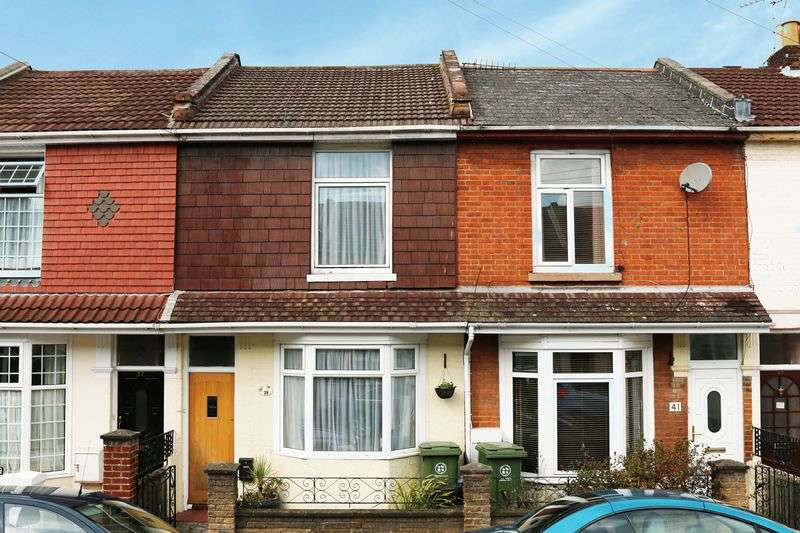 3 Bedrooms Terraced House for sale in North End, Portsmouth