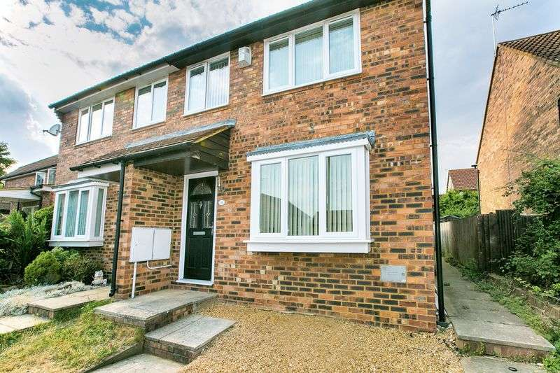 3 Bedrooms Semi Detached House for sale in Sandown Court, Bletchley, Milton Keynes