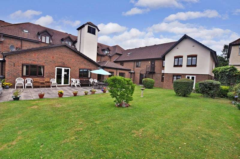 2 Bedrooms Retirement Property for sale in Sycamore Lodge, Orpington, BR6 9JL