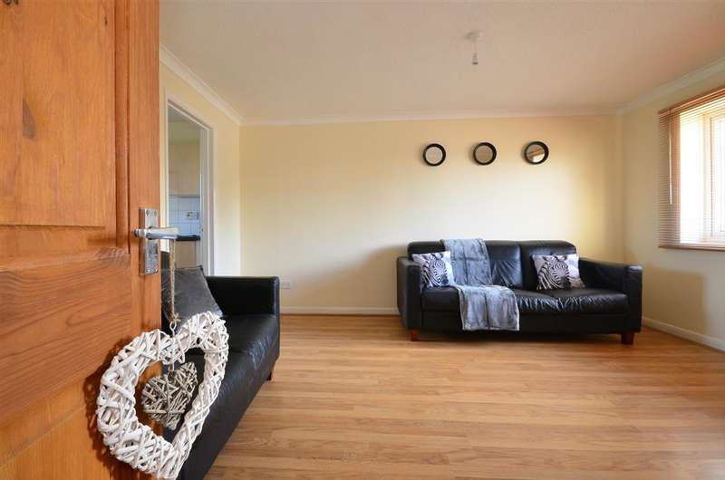 1 Bedroom Flat for sale in St. Albans Road, Hersden, Canterbury, Kent