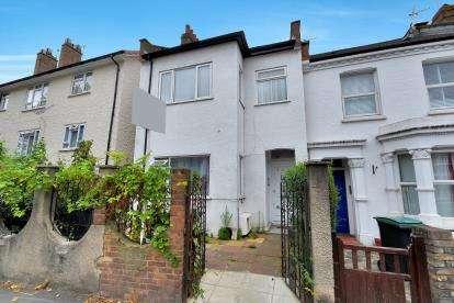 2 Bedrooms Flat for sale in Wightman Road, London