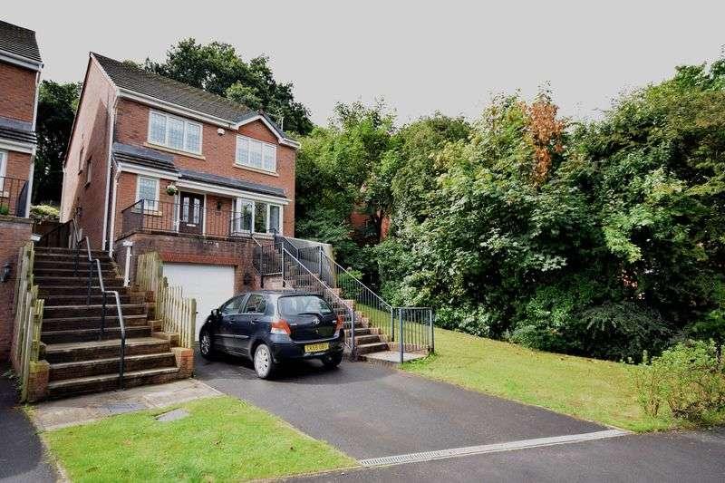 4 Bedrooms Detached House for sale in 1 Tywod Vale, Pencoed, Bridgend CF35 6LP