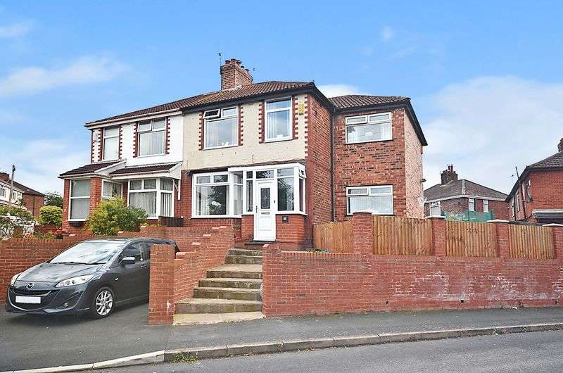 4 Bedrooms Semi Detached House for sale in Wicksten Drive, Runcorn