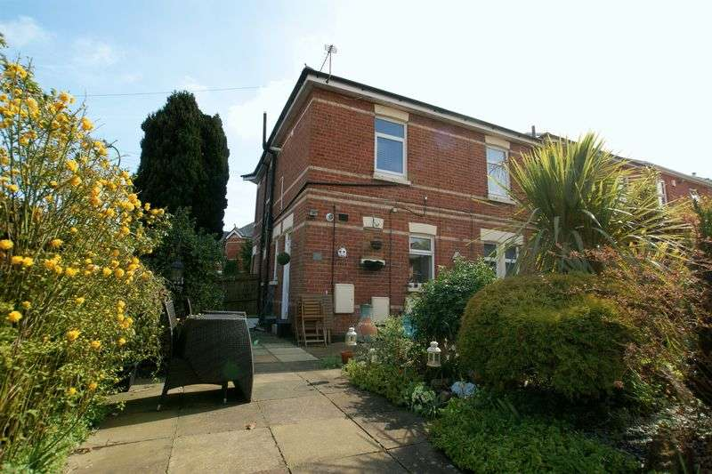 2 Bedrooms Flat for sale in Frampton Road, Bournemouth
