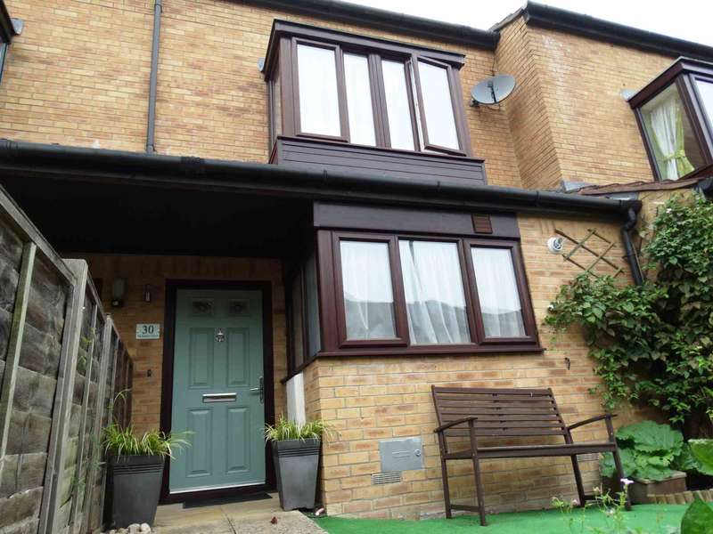 4 Bedrooms House for sale in Nicholson Grove, Grange Farm