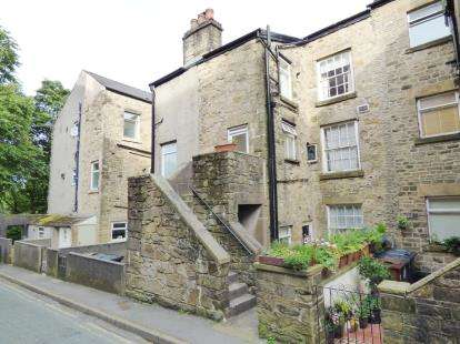 1 Bedroom Flat for sale in Belmont Terrace, Buxton, Derbyshire