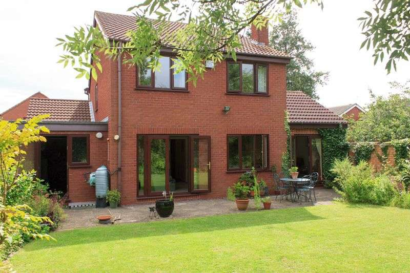 4 Bedrooms Detached House for sale in Bristol Way, Wellesbourne