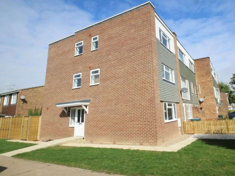 4 Bedrooms Terraced House for sale in Willow Brook, Littlehampton