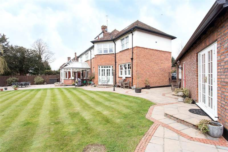 6 Bedrooms Flat for sale in Oxhey Road, Watford, Hertfordshire, WD19