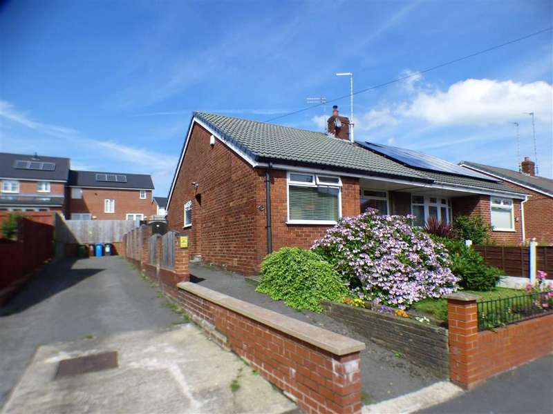 3 Bedrooms Property for sale in Schofield Street, Hathershaw, OLDHAM, Lancashire, OL8