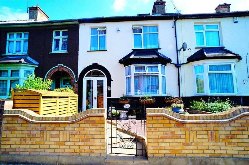 4 Bedrooms Terraced House for sale in Coulton Avenue, Northfleet, Gravesend, Kent, DA11