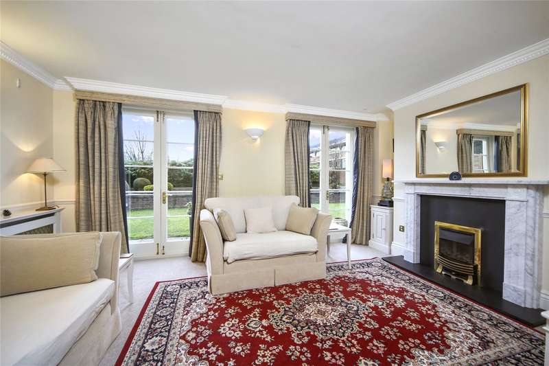2 Bedrooms Flat for sale in Sandown House, 1 High Street, Esher, Surrey, KT10