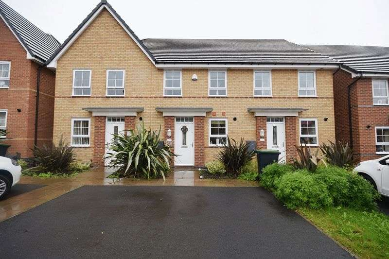 2 Bedrooms Mews House for sale in Holdcroft Place, Longton