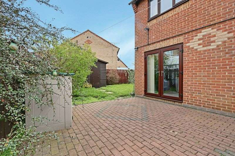 3 Bedrooms Detached House for sale in Langley Park, Kingswood