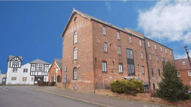 3 Bedrooms Flat for sale in Ramsgate Road, Louth