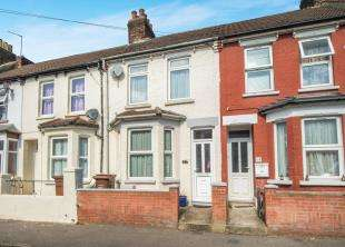 3 Bedrooms Terraced House for sale in Cecil Avenue, Rochester, Kent
