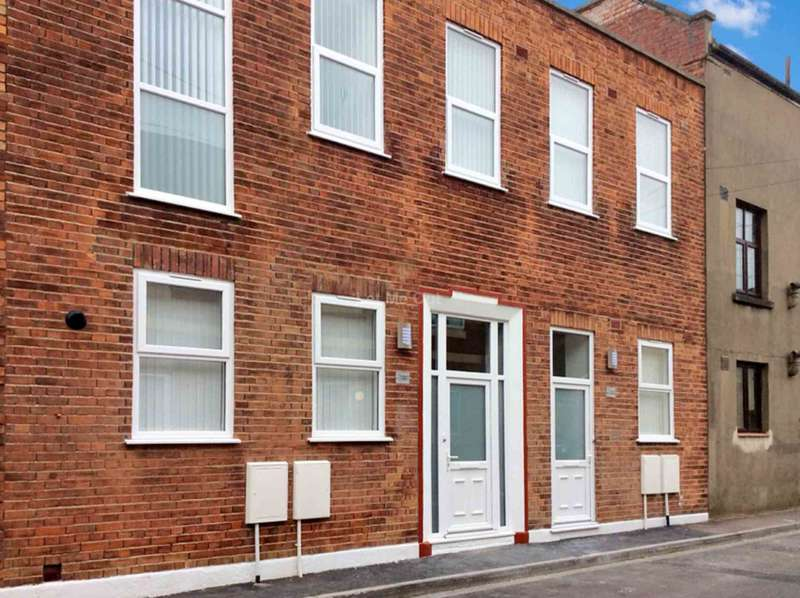 2 Bedrooms Terraced House for sale in Prospect Place, Weston Super Mare