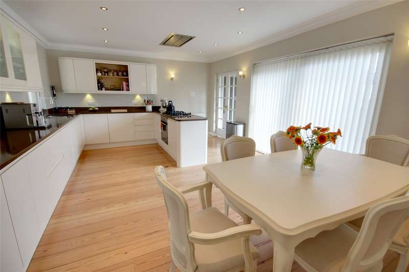 3 Bedrooms Detached Bungalow for sale in Rosemary Lane, Egham, Surrey, TW20