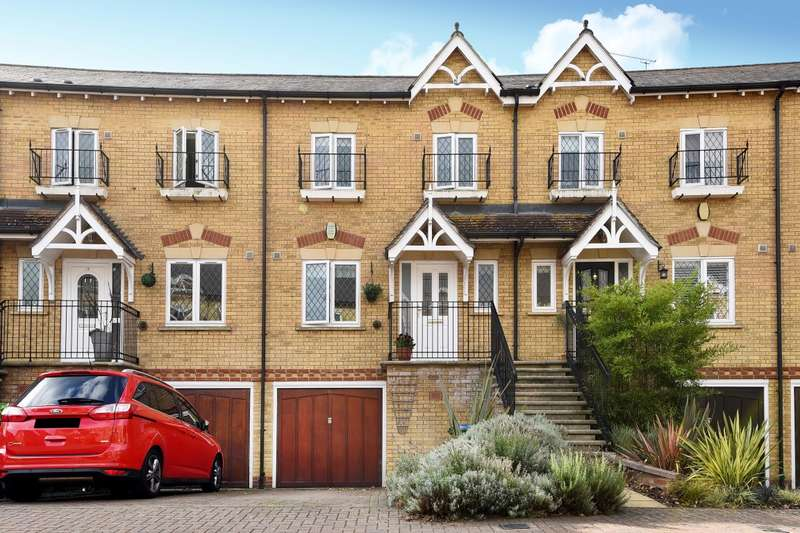 4 Bedrooms House for sale in Lynwood Road, Thames Ditton