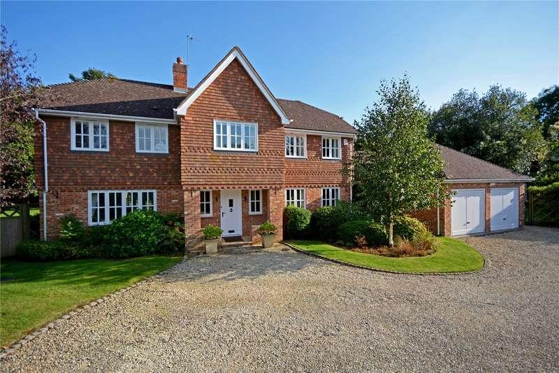 5 Bedrooms Detached House for sale in Kiln Fields, Harvest Hill, Buckinghamshire, HP10