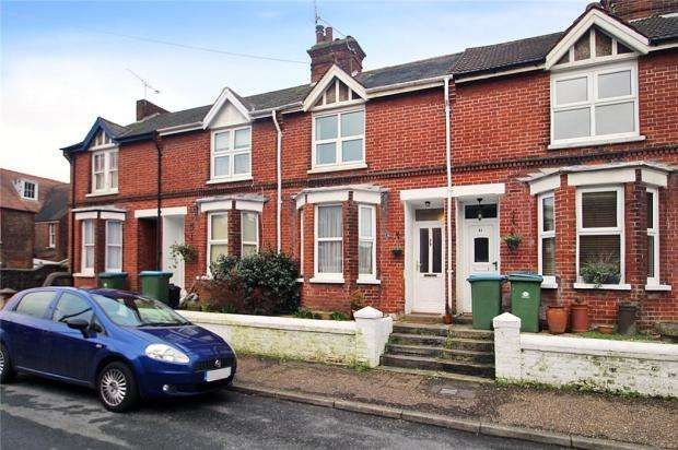 3 Bedrooms Terraced House for sale in Gloucester Place, Littlehampton, West Sussex, BN17