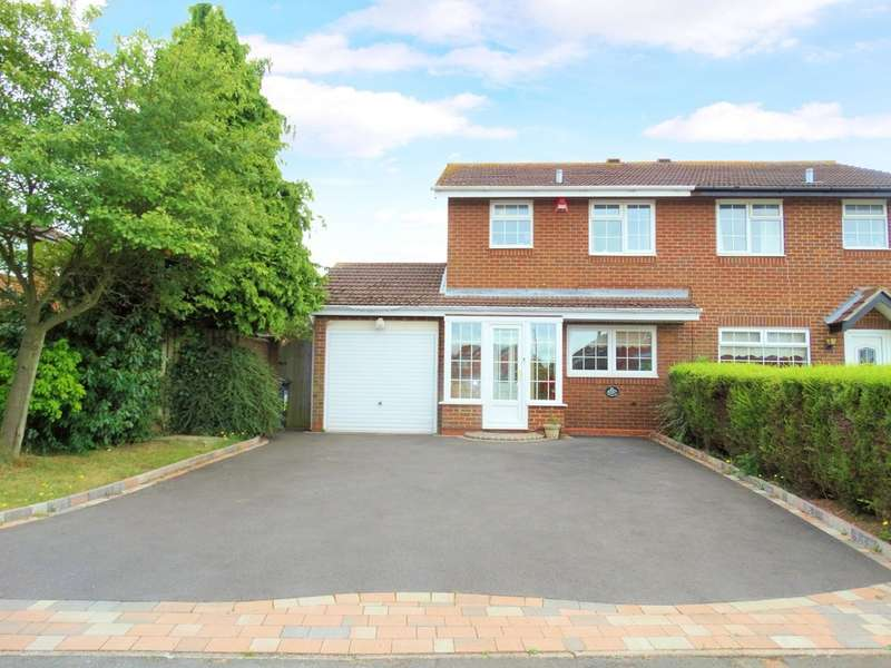 3 Bedrooms Semi Detached House for sale in Knowlands Road, Monkspath