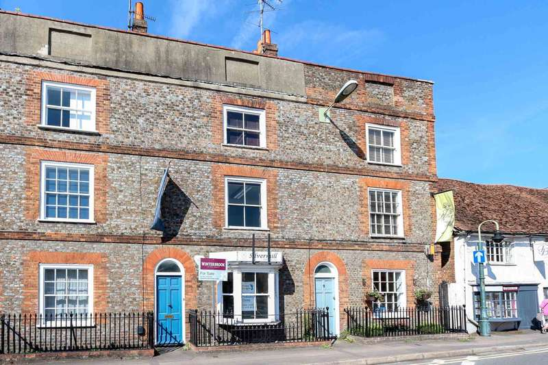 4 Bedrooms Town House for sale in St. Leonards Square, Wallingford