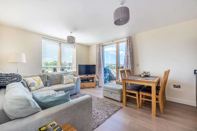 2 Bedrooms Flat for sale in Bollo Lane., Chiswick, W4