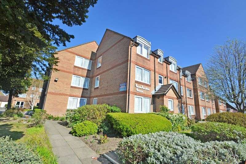 2 Bedrooms Retirement Property for sale in Homeheather House, Ilford, IG4 5EF