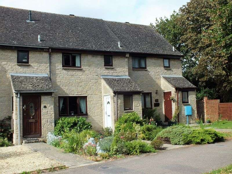 3 Bedrooms Terraced House for sale in Chorefields, Kidlington