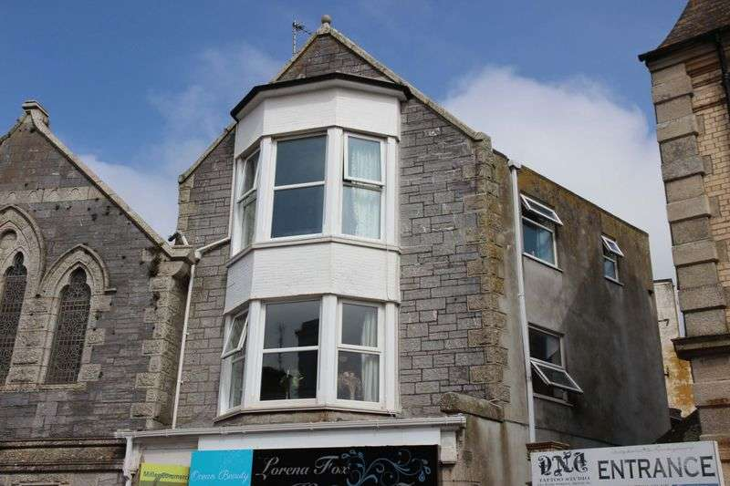 2 Bedrooms Flat for sale in Beachfield Avenue, Newquay