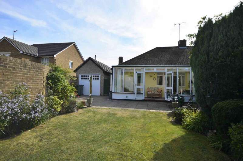 3 Bedrooms Semi Detached House for sale in Perry Street, Billericay