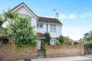 3 Bedrooms Detached House for sale in Ewhurst Road, Crofton Park, Brockley