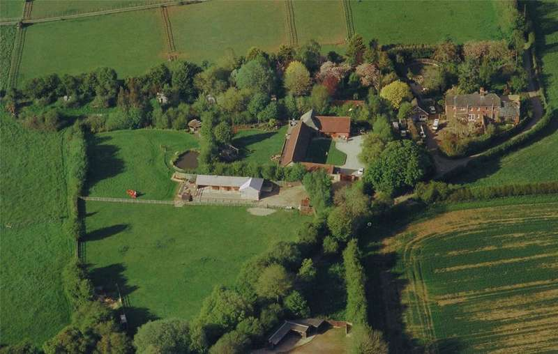 5 Bedrooms Detached House for sale in Bent Lane, Hambledon, Waterlooville, Hampshire, PO7