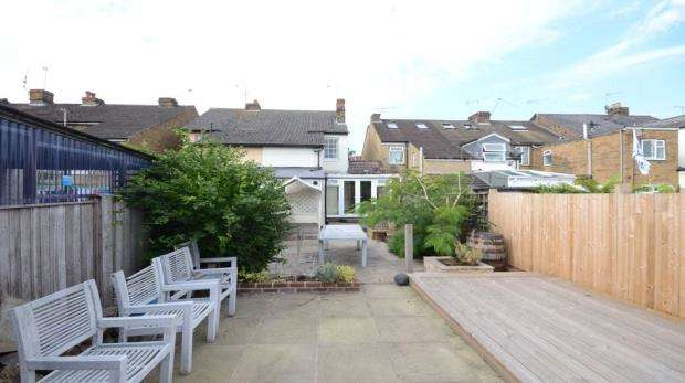 3 Bedrooms Semi Detached House for sale in Boyn Valley Road, Maidenhead, Berkshire