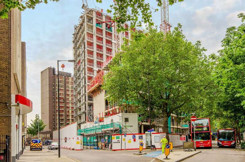 3 Bedrooms Flat for sale in Two Fifty One, London Bridge, SE1